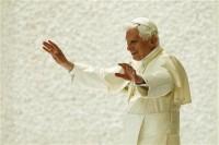 Papa Bento XVI planeja formar alianças com outras religiões contra o casamento gay