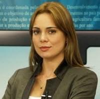 """Jornalista do SBT Rachel Sheherazade critica pedido para tirar menção a Deus das notas de Real: """"Foi falta do que fazer"""""""