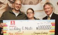 Homem desempregado ganha US$ 1 milhão na loteria e imediatamente oferta 10% para a igreja