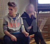 Evangélico, cantor Justin Bieber causa polêmica ao ser flagrado fumando maconha