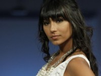 """Longe da fama, ex-BBB Natália Nara vira pastora e chora ao se lembrar do ensaio nu que fez para a """"Playboy"""""""