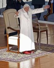 """[Renúncia do Papa] Bento XVI compara momentos de crise durante seu pontificado com passagem bíblica: """"O Senhor parecia dormir"""""""