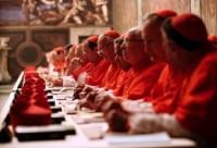 Conclave: participação de cardeais com envolvimento em casos de pedofilia no processo de escolha do novo Papa gera polêmica