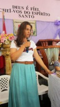 Ex-BBB Bruna se torna missionária, troca vida na cidade pela roça e vive de doações