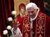 Pontificado de Bento XVI foi marcado por polêmicas com outras religiões e escândalos de pedofilia e corrupção no Vaticano