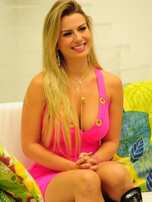 Fernanda Keulla Sendo Considerada A Favorita Para Vencer O Programa E