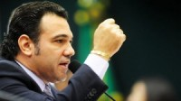 Feliciano para presidente: jornal afirma que pesquisas eleitorais apontam intenções de voto para o pastor em 2014