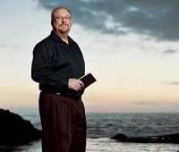 """Após perda do filho, pastor Rick Warren sugere cinco passos para superar tragédias e aconselha: """"Decida confiar em Deus"""""""