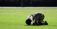 """Jogadores agradecem a Deus por vitórias na reta final dos campeonatos estaduais; Neymar chora: """"Estava agradecendo ao que Ele fez na minha vida"""""""