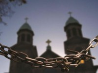 Perseguição religiosa causa morte de 100 mil cristãos a cada ano, afirma Vaticano
