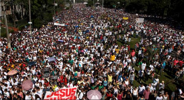 marcha-para-jesus-2013-02