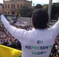 """""""Eu represento vocês"""", afirmou o pastor Marco Feliciano durante Marcha para Jesus em São Paulo"""