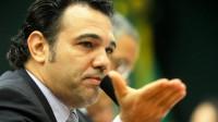"""Após a """"cura gay"""", Marco Feliciano quer votar projetos de plebiscito sobre o casamento gay e regularização da prostituição, diz jornalista"""