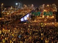 """#ProtestosBR: Missionário americano participa de protesto e afirma que """"os brasileiros estão dando uma lição ao mundo"""""""