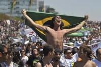 """#ProtestosBR: Blogueira cristã afirma que protestos que estão acontecendo no Brasil são """"uma imensa ilusão"""""""