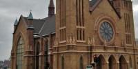Arquidiocese divulga relatório sobre casos de pedofilia praticado por padres; Cardeal é acusado de esconder dinheiro de indenizações