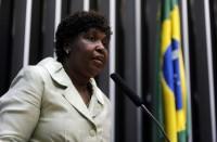 Benedita da Silva é a única deputada evangélica entre parlamentares eleitos como os melhores do ano