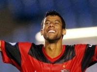 """""""Vivo nitidamente os planos de Deus pra minha vida"""", afirma o jogador Léo Moura"""
