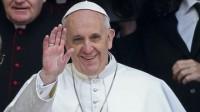 """Papa Francisco afirma que cristãos devem orar pelos políticos """"para que eles governem bem"""""""