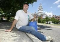 Pastor passa uma semana como morador de rua e usa experiências para ilustrar sermão sobre amor ao próximo