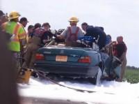 Milagre: Anjo teria aparecido em local de grave acidente de carro e ajudado bombeiros a resgatar vítima; Entenda