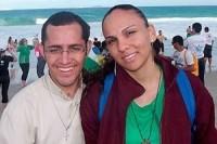 Padre engravida jovem de sua paróquia e anuncia renúncia ao ministério para assumir paternidade