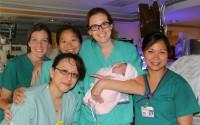 Milagre: mãe que deu à luz bebê com apenas 23 semanas de gestação ouviu de Deus que sua filha ficaria bem antes do parto