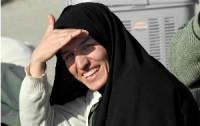 """No Irã, jovem muçulmana se converte ao cristianismo após sonhar com Jesus: """"Era a vontade de Deus"""""""