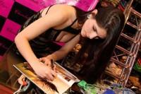 """Modelo evangélica Aline Franzoi revela porque mudou de ideia sobre fotos nua para a Playboy: """"Me deixaram à vontade"""""""