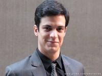 Telespectadores da novela Amor à Vida aprovam piadas sobre religião feitas pelo vilão gay Félix