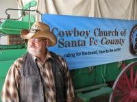 """""""Igreja Cowboy"""": Congregação cristã usa arena de rodeio e tema rural para atrair fiéis"""