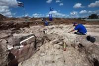 Arqueólogos descobrem sinagoga onde Jesus pode ter feito alguns dos famosos milagres relatados pela Bíblia