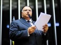 """Pastor Eurico volta a criticar a """"lei da palmada"""" e novamente ataca Xuxa: """"Ela é uma aberração"""""""