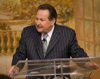 Pastor Ed Dufresne morre em acidente de avião quando viajava para pregar em igreja do Texas