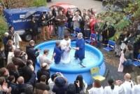Preso na Alemanha, jogador brasileiro Breno é batizado por pastor da Igreja Batista de Munique