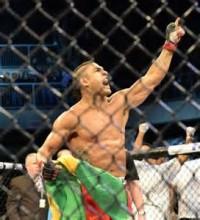 """Vitor Belfort revela que """"os anjos do Senhor"""" estiveram com ele na luta contra Dan Henderson no UFC; Assista ao vídeo"""