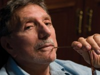 "O escritor William Peter Blatty, autor de O Exorcista, afirma que o aborto é algo ""demoníaco"""