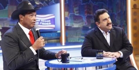 http://noticias.gospelmais.com.br/files/2013/12/apostolo-valdemiro-santiago-ratinho.jpg