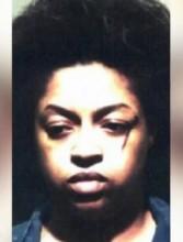 Mulher é presa após matar filhos a facadas durante tentativa de exorcismo