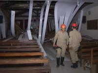 Teto de templo da Assembleia de Deus desaba logo após pastor encerrar o culto