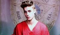 """Preocupados com futuro de Justin Bieber, fãs pedem aos pastores do cantor que intervenham: """"Levem seu menino de volta para a igreja"""""""
