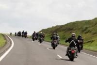 Evangelismo sobre duas rodas: fiéis motociclistas divulgam a Palavra no sertão e ajudam famílias carentes
