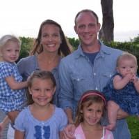 Pastor pede orações pela cura de sua esposa que luta contra o câncer, para afastar o sofrimento que suas filhas têm vivido