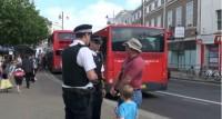 Pregador de rua é preso por pregar contra a homossexualidade em praça pública