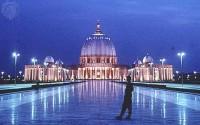 Templo cristão construído para ser o maior do mundo reúne apenas 350 fiéis por semana