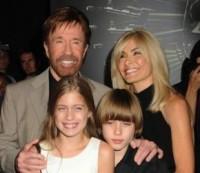 Chuck Norris afirma que precisa superar sua timidez para falar mais de Cristo