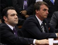 Jair Bolsonaro afirma que lançará candidatura avulsa para presidir Direitos Humanos e vencer PT com apoio dos evangélicos