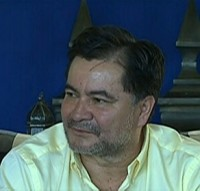 """Governo brasileiro tentou """"se livrar"""" de senador evangélico boliviano refugiado em embaixada, afirma jornalista"""
