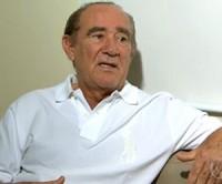 Renato Aragão revela medo da morte após infarto e oração: