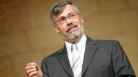 Importante pastor anuncia que se converteu ao catolicismo e abandona igreja com mais de 3 mil membros